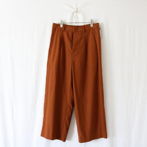 THEE・straight easy slacks